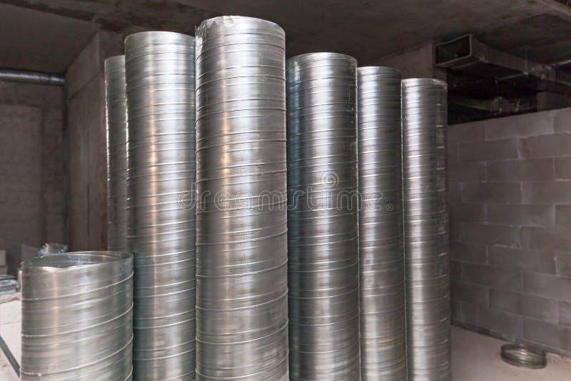 Aluminum luftrör för luftkanal arkivbilder