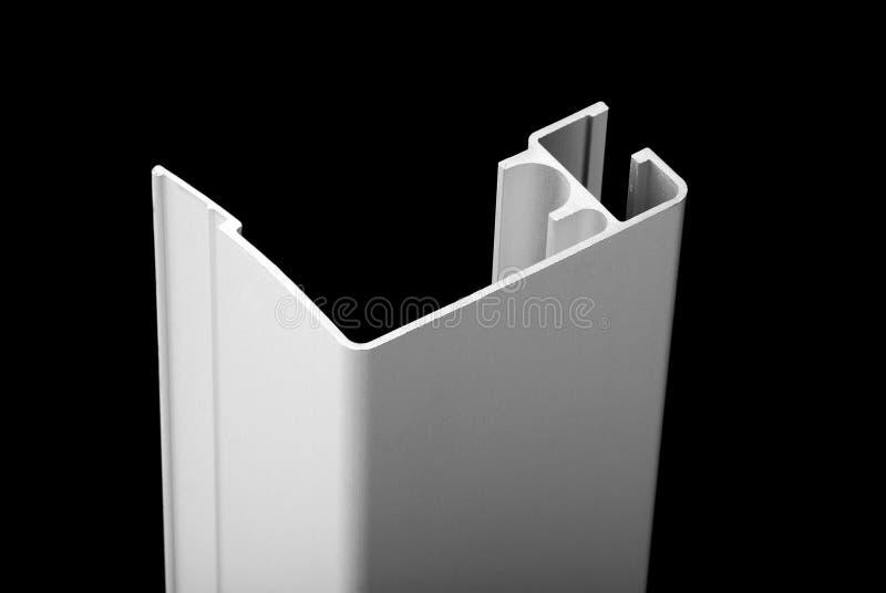 Aluminum profil f?r f?nster royaltyfri bild