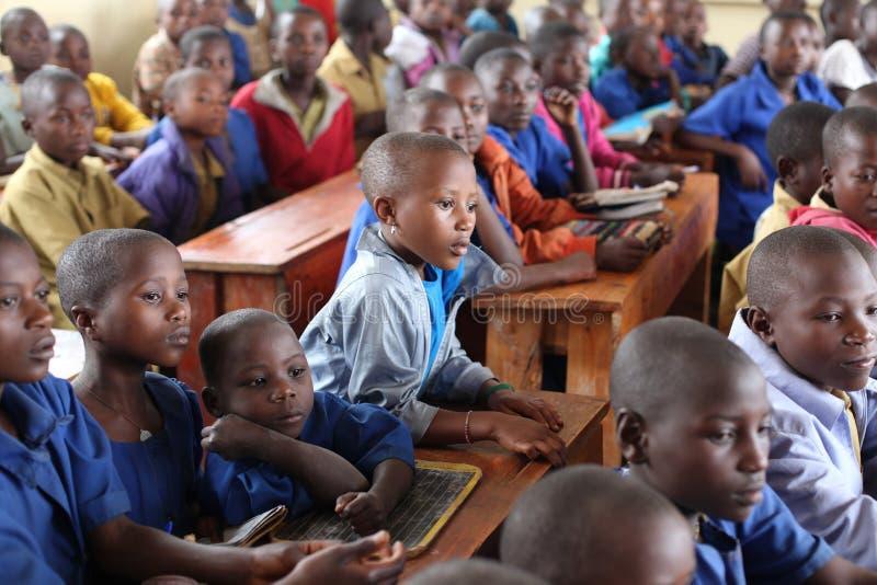Alumnos africanos en sala de clase fotografía de archivo libre de regalías