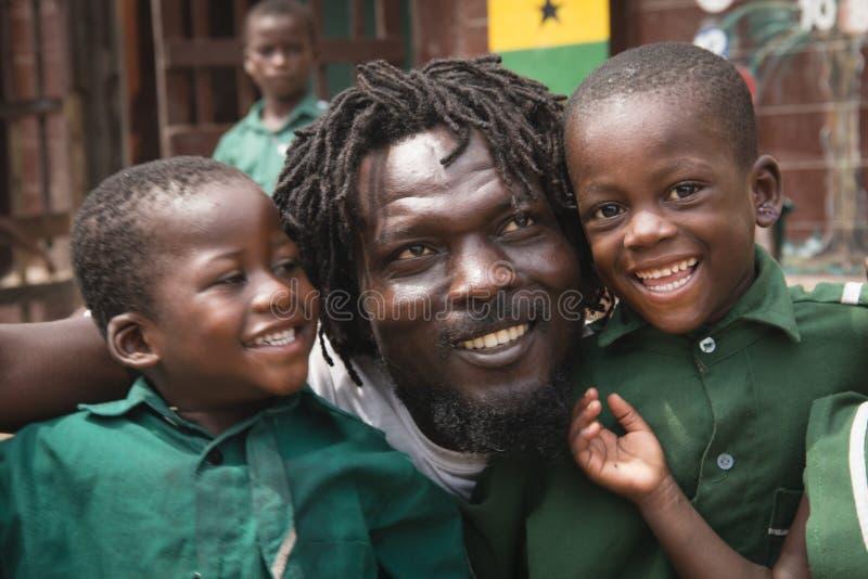 Alunos em Jamestown, Accra, Gana fotos de stock