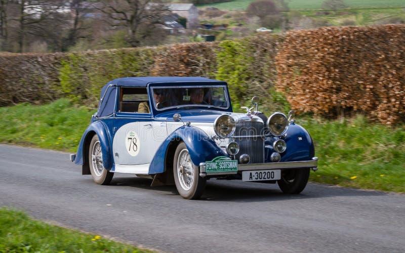 A 1937 Alvis 4 Torneio VDP 3L em Cumbria, Inglaterra imagens de stock royalty free