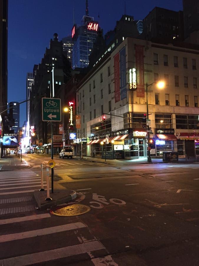 Alvorecer de aproximação de NYC fotografia de stock royalty free