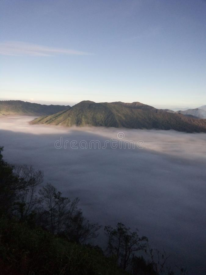 Aménage la montagne en parc photographie stock libre de droits