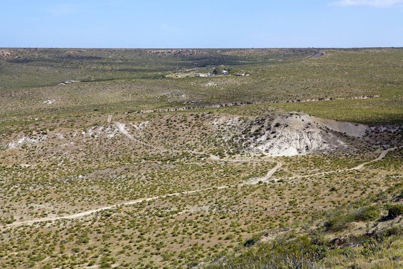 Aménagez en parc de la colline près de Puerto Madryn, une ville dans la province de Chubut, Patagonia, Argentine image libre de droits