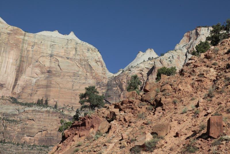 Aménagez en parc le long de Zion Southern Exit/Mt Carmel HWY, Utah, Etats-Unis photographie stock