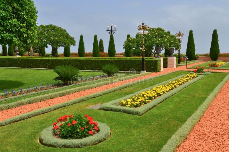 Aménagez le paysage en parc des jardins de Bahai photos stock