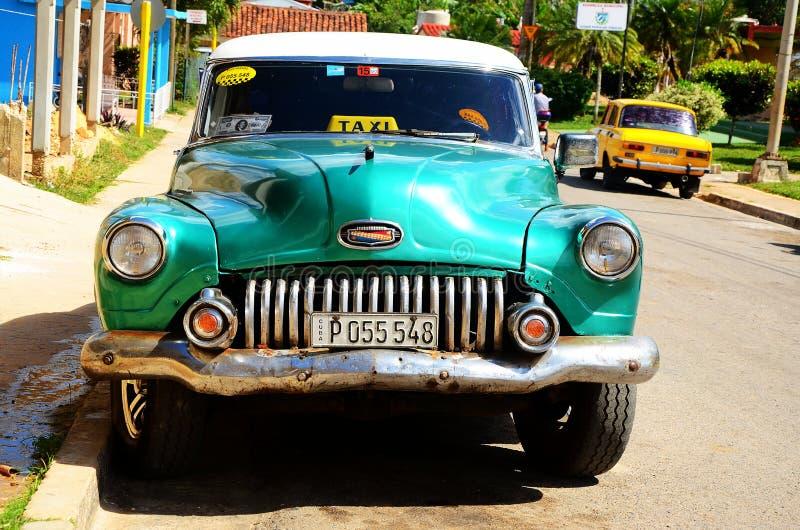 Américain Chevrolet dans Vinales, Cuba photo libre de droits