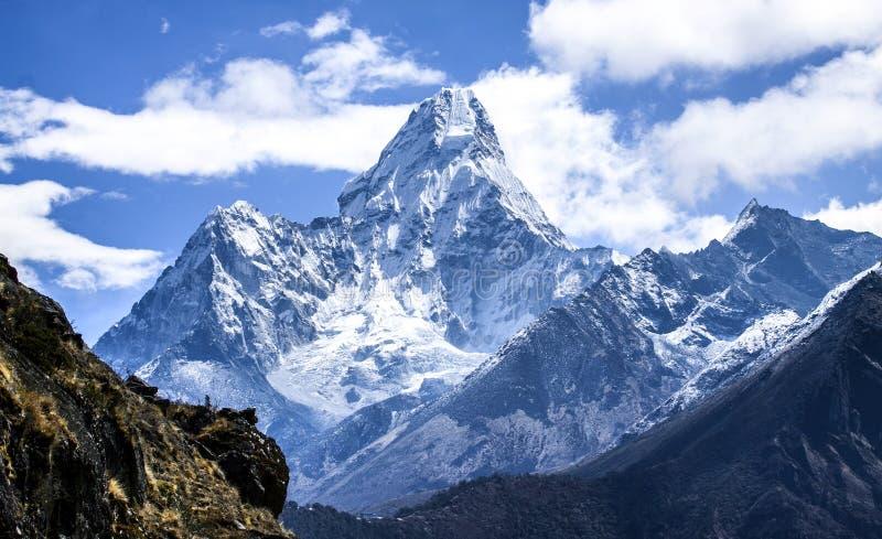 Ama Dablam, de meest spectaculaire piek op Everest-Gebied stock foto's