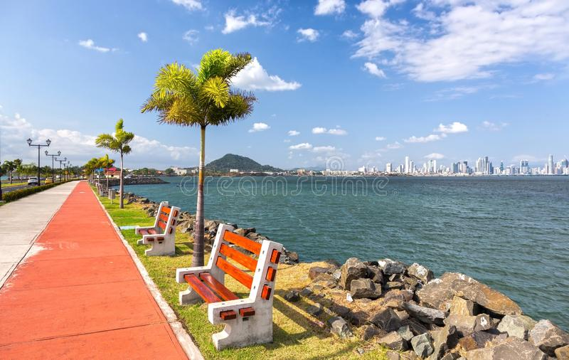 Amador Causeway Urban Road Famous Travel Destination Panama City Skyline Seascape arkivfoton