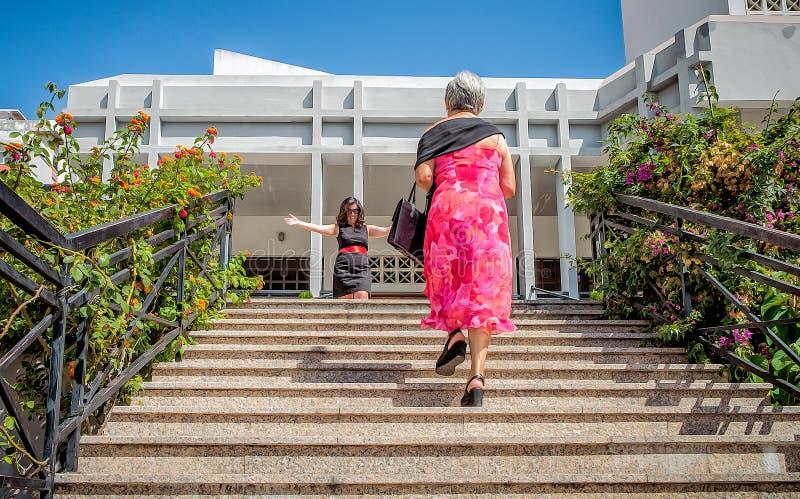AMADORA/PORTUGAL- 25 de agosto de 2015 - reunión de familia imagen de archivo
