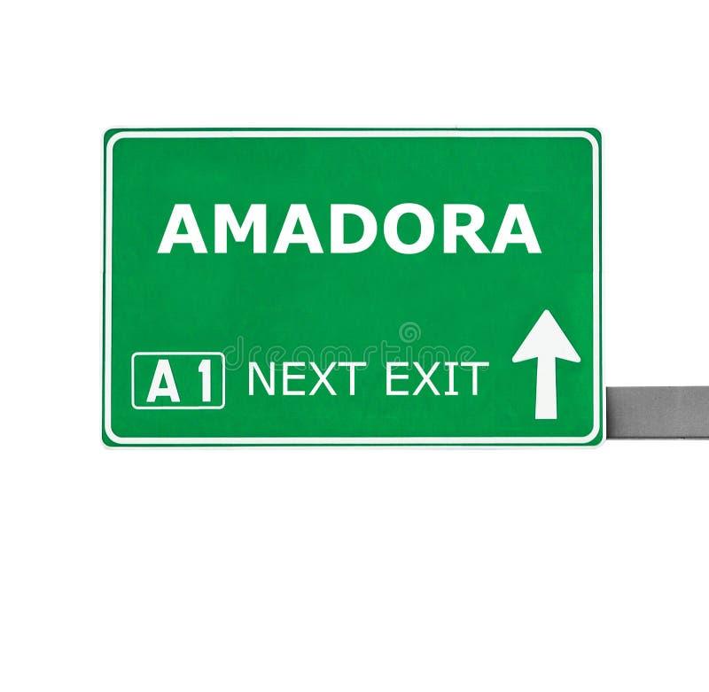 AMADORA-vägmärke som isoleras på vit arkivfoton