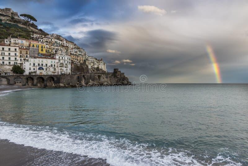 Amalfi - el capital de la costa de Amalfi fotografía de archivo
