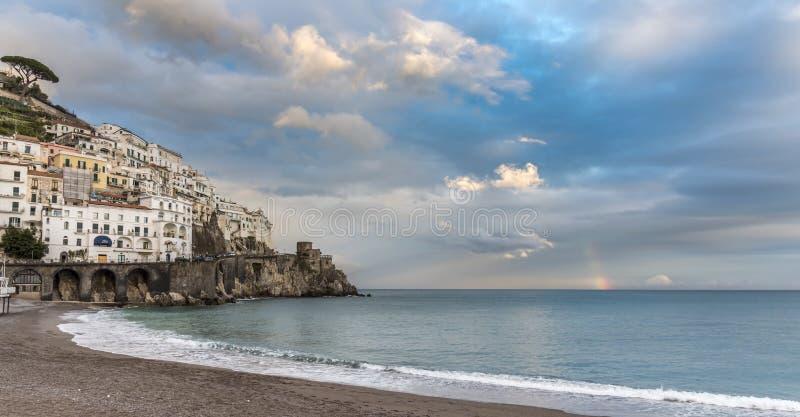 Amalfi - el capital de la costa de Amalfi imagenes de archivo