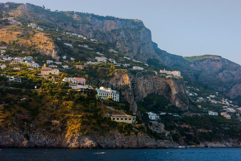 Amalfi kustlijn stock afbeelding