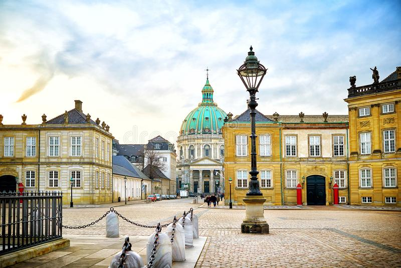 Amalienborg, residente dinamarquês real da família fotografia de stock