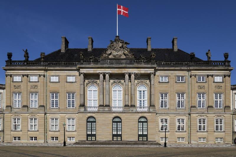 Amalienborgpaleis - Kopenhagen - Denemarken stock afbeeldingen