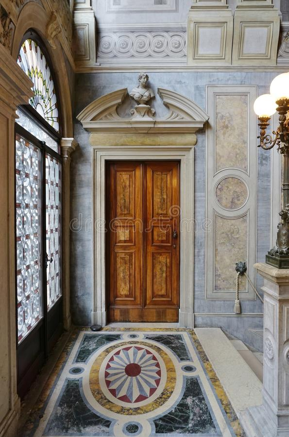 Aman Kanałowy Grande hotel lokalizować w Palazzo Papadopoli w Wenecja obraz stock