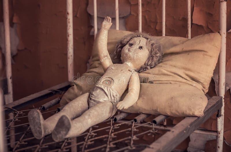 ?amana lala w Kopachi dziecinu obraz stock