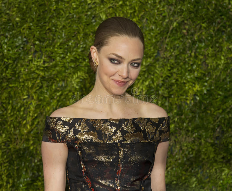 Amanda Seyfried Arrives in @015 Tony Awards royalty-vrije stock foto's