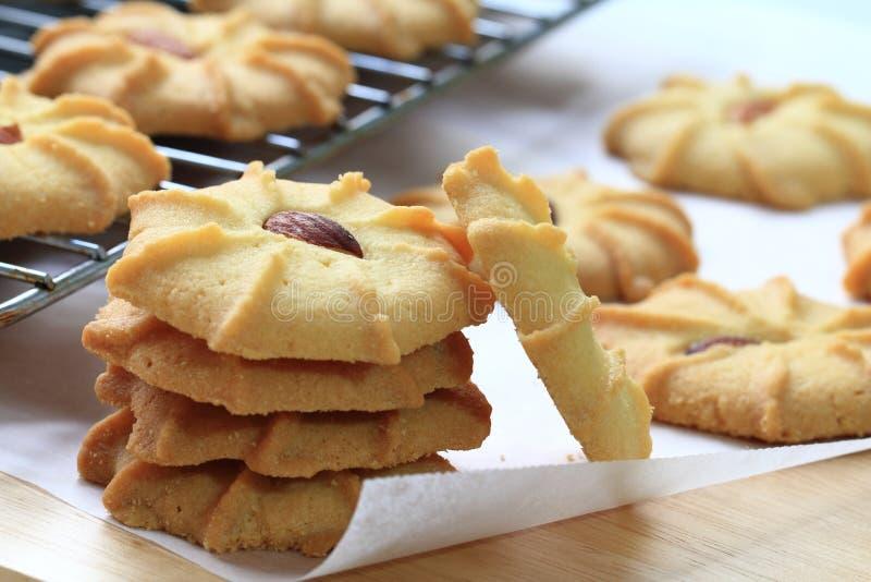 Amandel boterkoekjes stock afbeeldingen