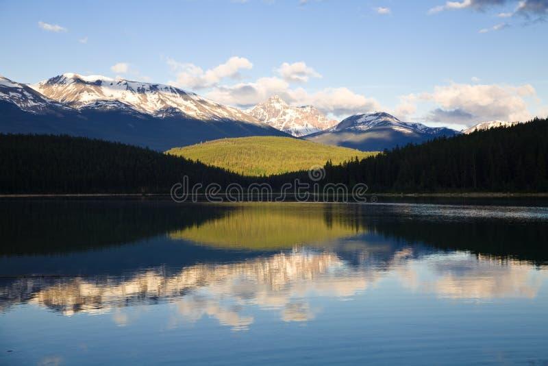 Amanecer del lago patricia imagenes de archivo