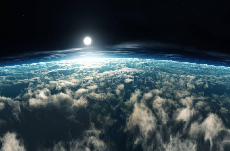 Amanecer sobre las nubes. Atardecer sobre las nubes. La luna en las nubes. Panorama de nubes imagen de archivo
