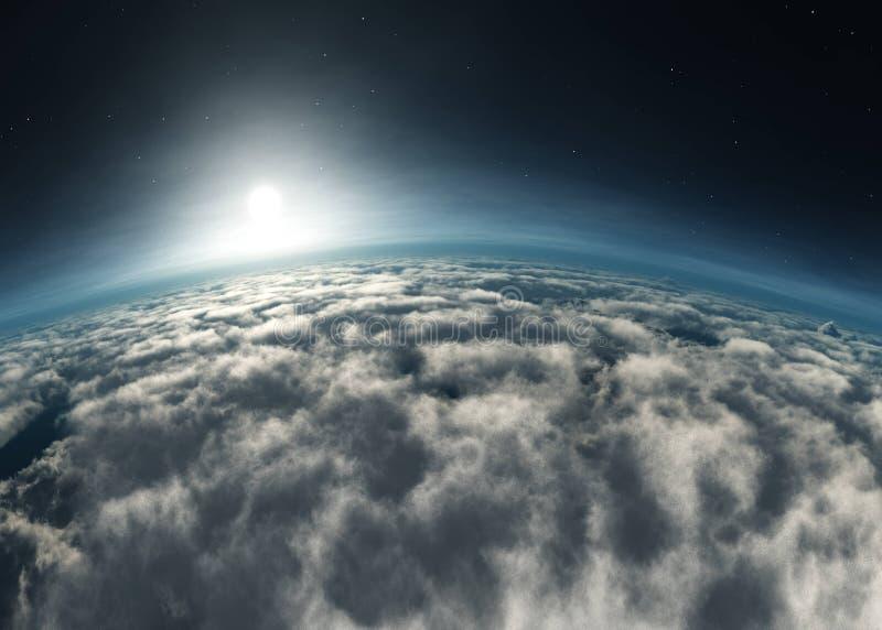 Amanecer sobre las nubes. Atardecer sobre las nubes. La luna en las nubes. Panorama de nubes imagenes de archivo
