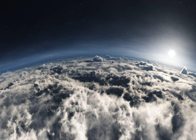 Amanecer sobre las nubes. Atardecer sobre las nubes. La luna en las nubes. Panorama de nubes foto de archivo libre de regalías