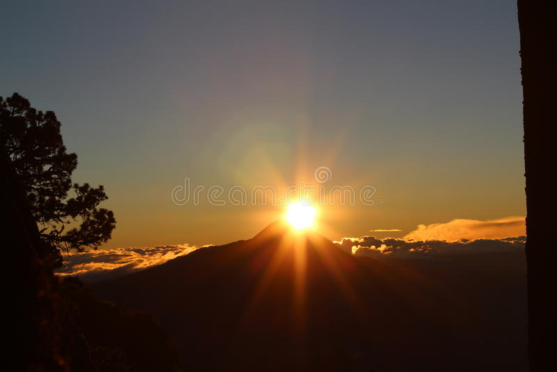 Amanecer Volcan Chiapas stock fotografie