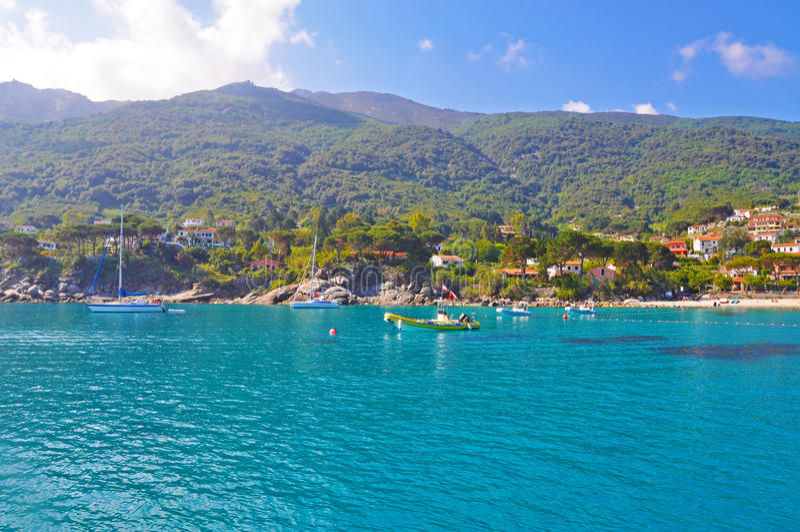 Amanhecer na ilha da Ilha de Elba fotos de stock