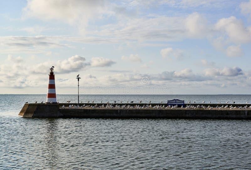 Amanhecer no porto de Nida lithuania imagem de stock royalty free