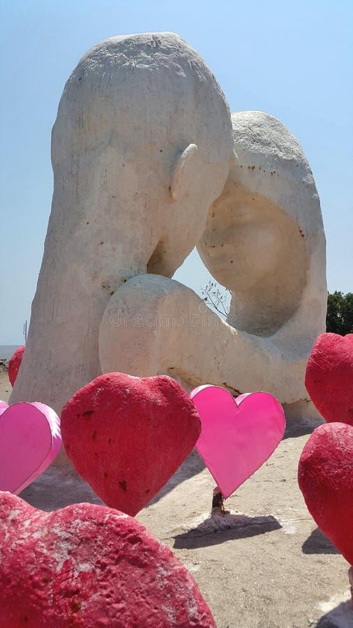 Amante en escultura de la sal del heatt del control y del rojo foto de archivo libre de regalías