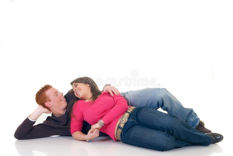 Amantes adolescentes foto de stock