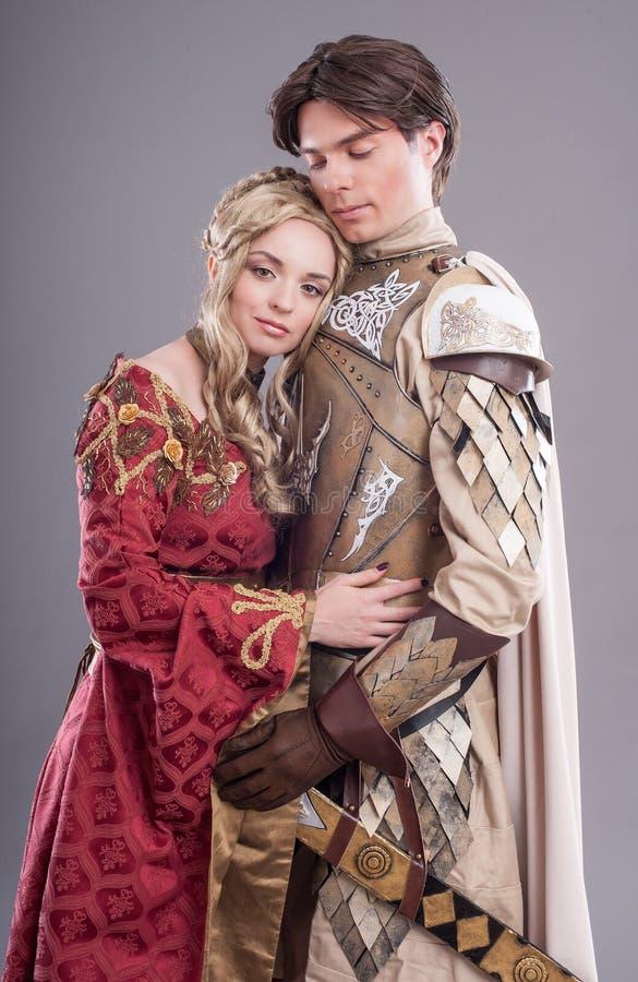 Amantes medievais foto de stock royalty free