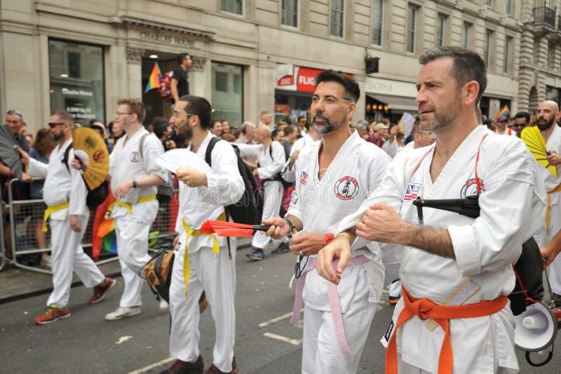 Amanti di judo al gay pride a Londra, Inghilterra 2019 immagini stock