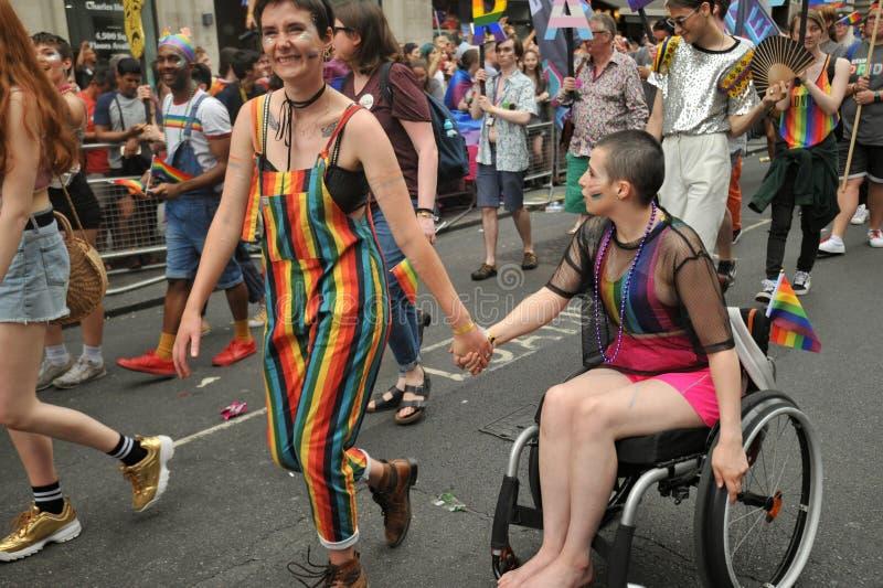Amanti disattivati al gay pride a Londra, Inghilterra 2019 fotografie stock libere da diritti