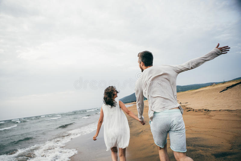 Amanti felici fotografie stock libere da diritti