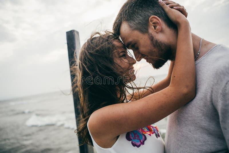 Amanti felici immagini stock libere da diritti
