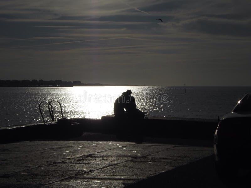 Amanti sul braccio del porto fotografie stock libere da diritti