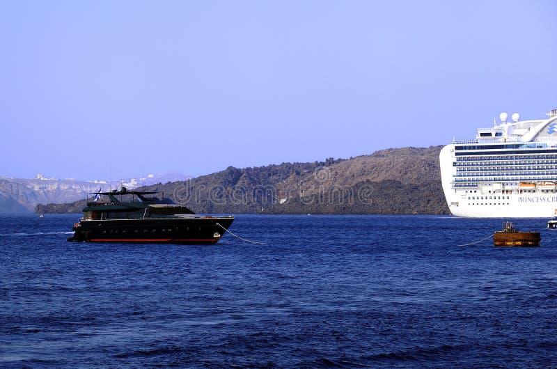Amarrages chez Santorini, Grèce images libres de droits