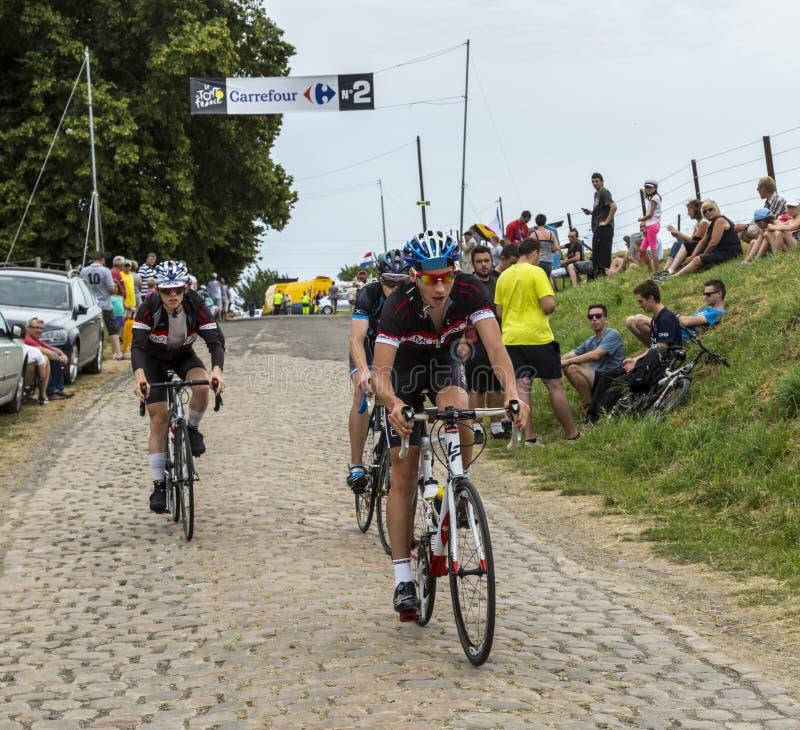 Amatorscy Młodzieżowi cykliści - tour de france 2015 zdjęcie stock