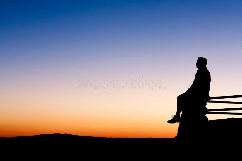 amazing enjoying man sunset view στοκ φωτογραφία με δικαίωμα ελεύθερης χρήσης