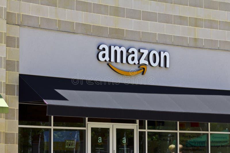 Amazon.com Store II stock images