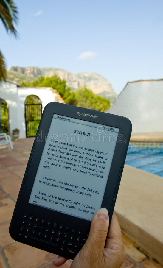 Download Amazon Kindle E-Reader editorial image. Image of eink - 20147665