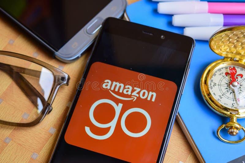 Amazonas gehen APP auf Smartphone-Schirm lizenzfreie stockfotografie