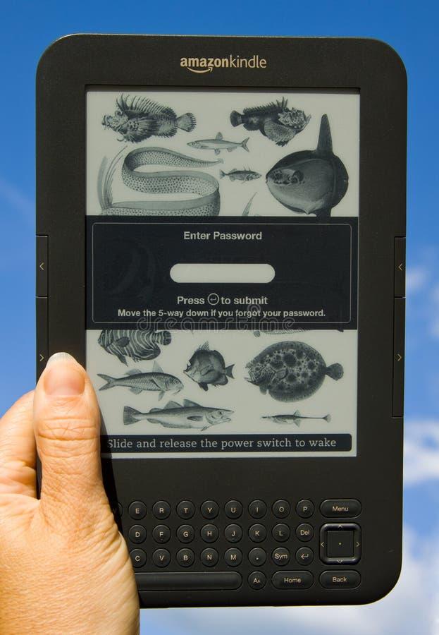 Amazone allument Ereader (le mot de passe protégé) photos libres de droits