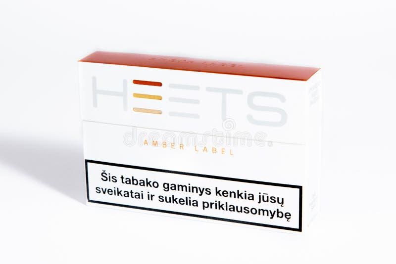 ` Ambarino de Heets del ` de la etiqueta, Philip Morris, Marlboro Heetsticks para el cigarrillo de IQOS imagen de archivo libre de regalías