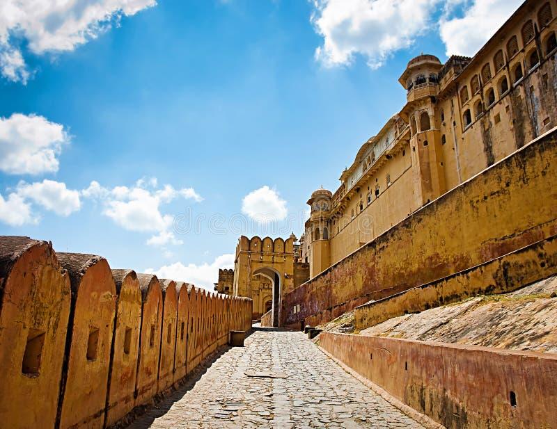 Download Amber Fort Con El Cielo Azul, Jaipur, Rajasthán, La India Foto de archivo - Imagen de imperio, islam: 41920104