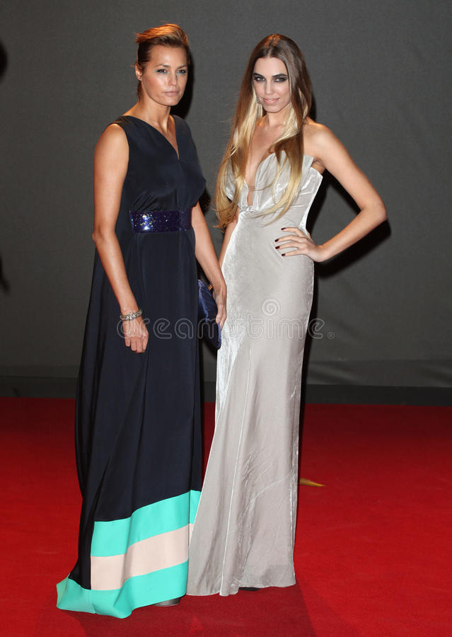 Amber Le Bon. Yasmin and Amber Le Bon arriving for the 2013 British Fashion Awards, at The London Coliseum, London. 02/12/2013 Picture by: Alexandra Glen / stock images