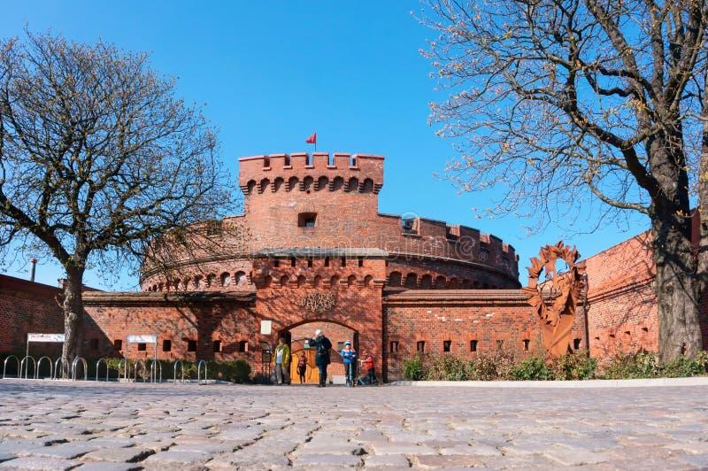 Amber Museum, arquitetura do tijolo vermelho, porta de Prússia, Don Tower de Rossgarten imagem de stock